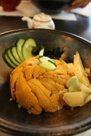 たっぷり雲丹を満喫。ウニ丼とウニパスタ : Everyday Meal~Kitchen N 33°~ a0268315_6421935.jpg. まずは基本のウニ丼。