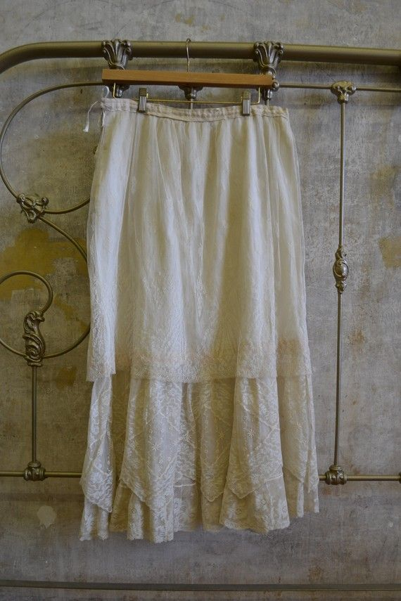 Victorian Lace Cream Skirt