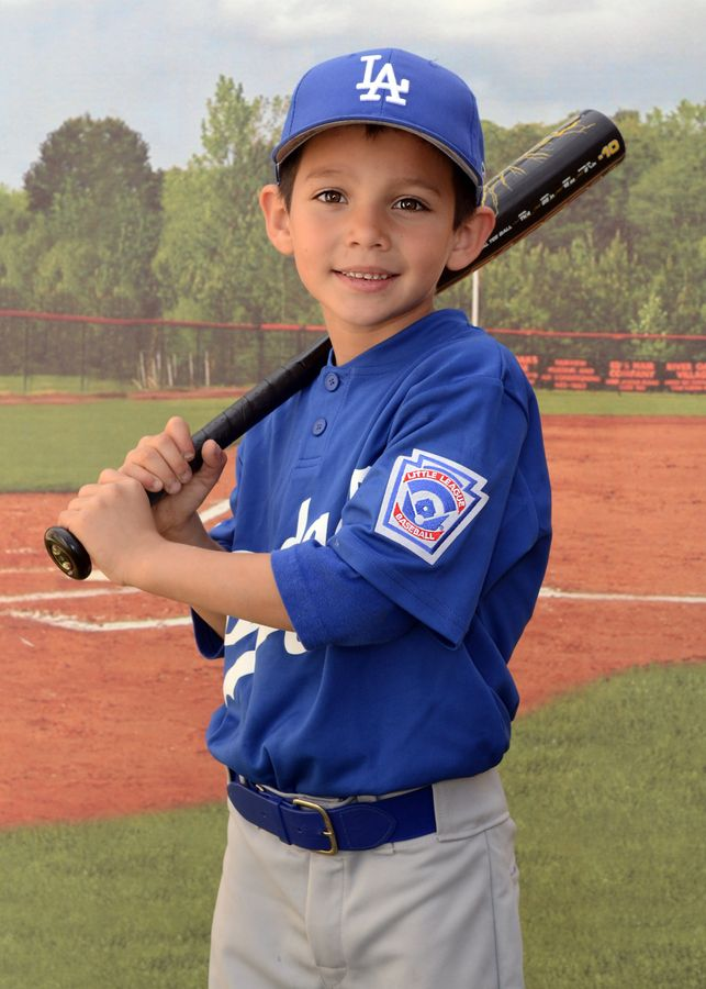 Great youth baseball photos by MVP Studios!
