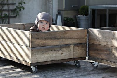 Love the wheels, the design and of course the cute kid!