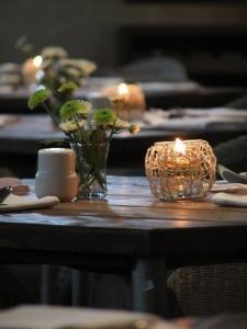 68 best cafe business images on pinterest | restaurant interiors