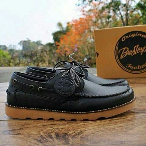 Sepatu Original Bradley's  IDR 290.000 Size 38-39-40-41-42-43-44  Gentleman This Is Taste