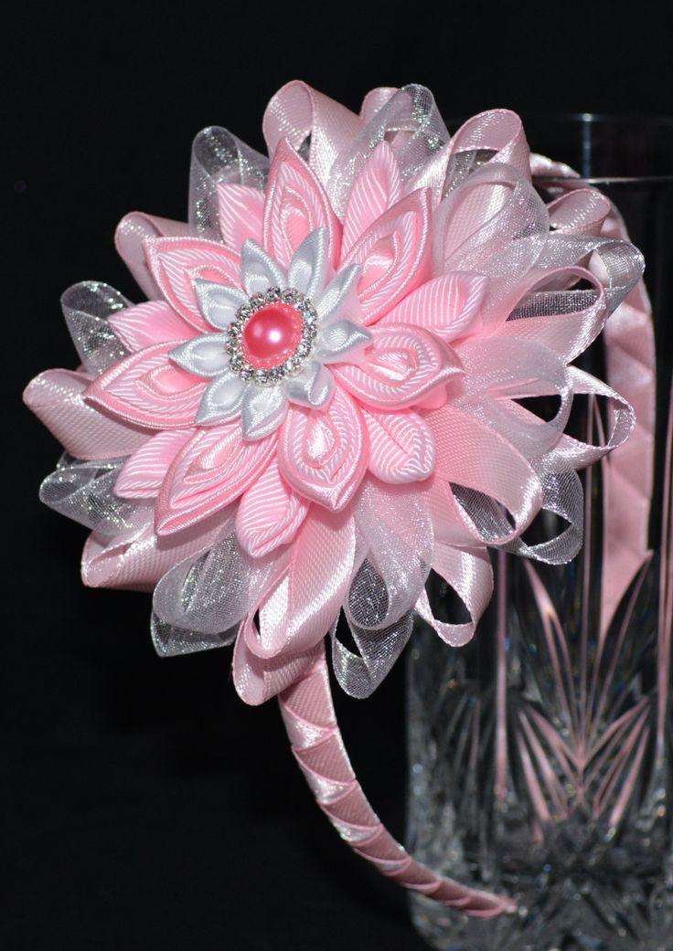Handmade Girl's Pink Party Headband/Clip por PrettyBlossomBows