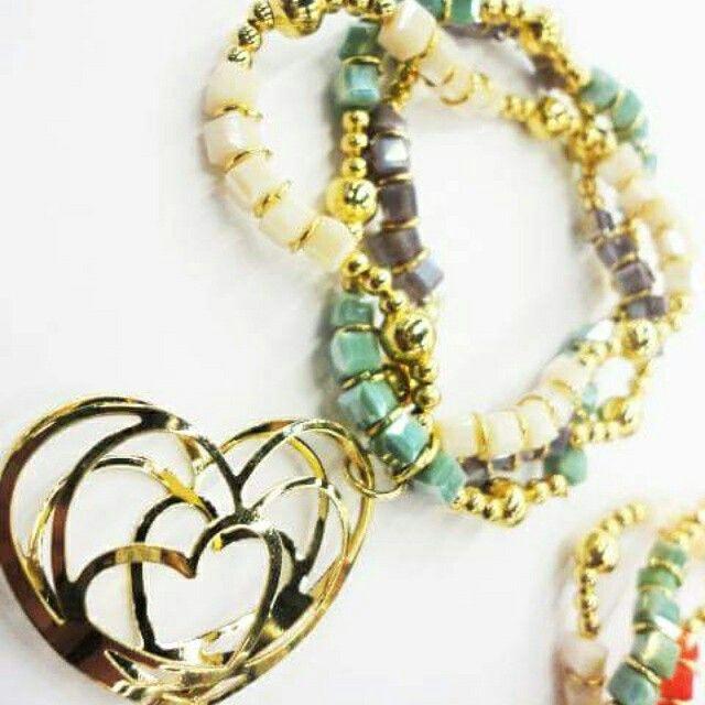 Envios a todo el mundo, pedidos urgentes via whatsapp 3331573407.  Visita :  www.creacionart.com #fashion #art #artesanía #give  #hechoamano #good #crafts #mexico #mexicandesign #accessories #artisanal #purse #designer #gustos #diseño #llavero #lagarto #accesorios #regalos #tiendas #collar #pulsera #venta #mayoreo #negocios #boutique #mayoreo #venta