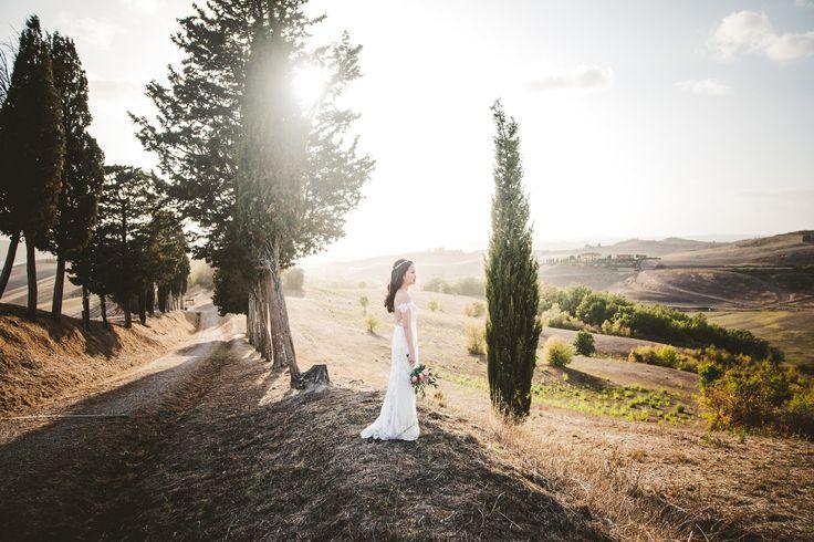 #elopement #elopementpicture #elopementphotographer #italyweddingphotographer #italywedding #tuscany #tuscanyhills #tuscanybride #bride