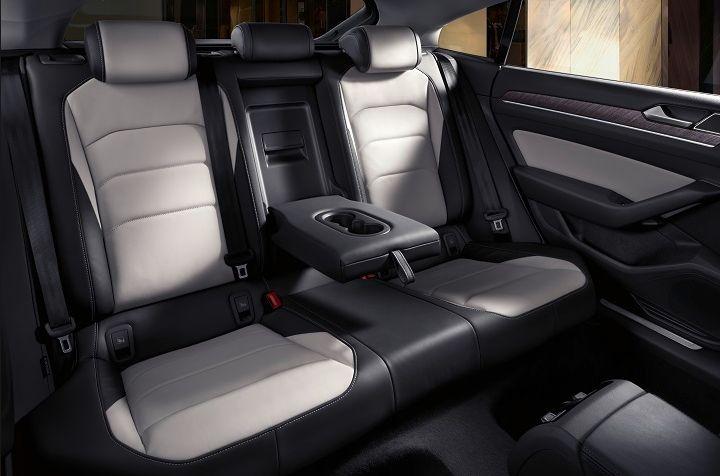 2018 VW Arteon Interior View