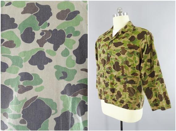 dc6b42f2 1960s Vintage Ranger Duck Hunter Camouflage Camo Hunting Shirt, WW2 USMC  Frogskin Pattern, Vietnam S