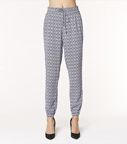 Add some flow to your wardrobe with these soft pants! ❈