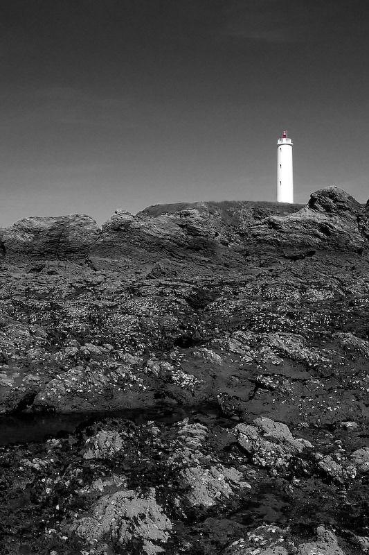 Le phare de grosse terre à st hilaire de riez depuis la plage