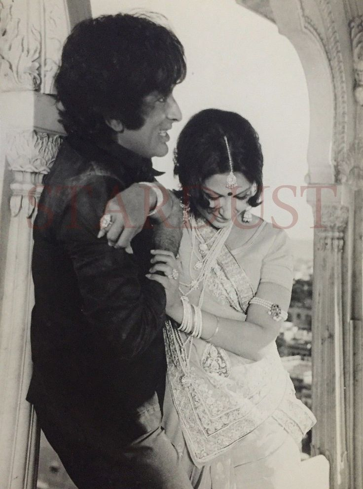 Shashi Kapoor's unseen photos will walk you through his notable film career