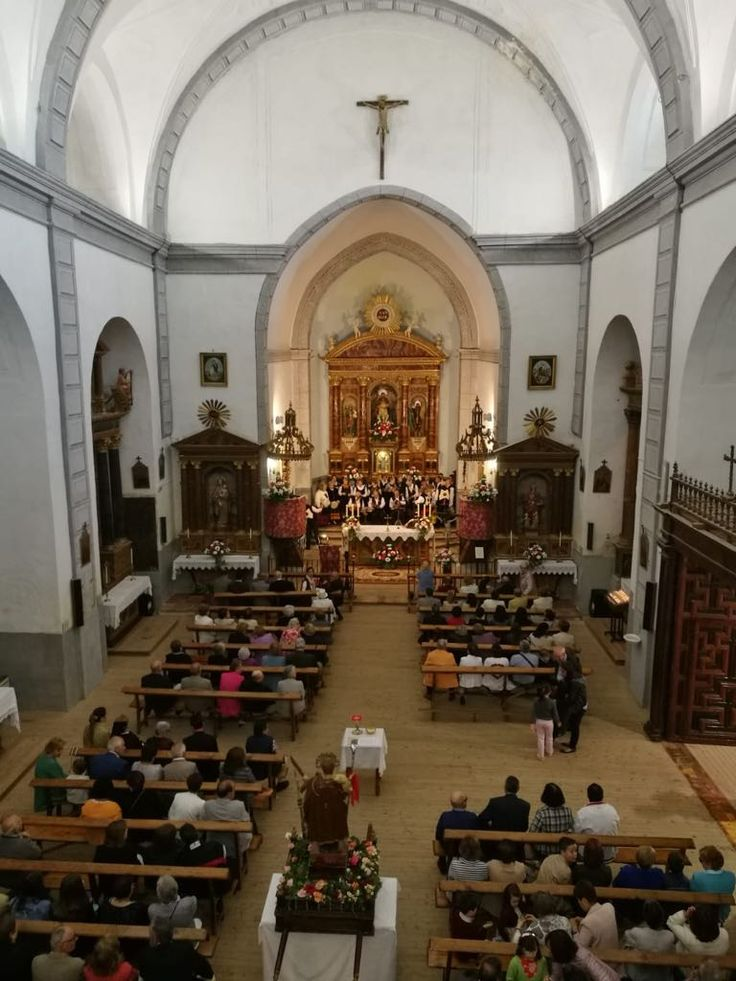 Pin de Casa de Castilla y León en Tre en Visita a Pozaldez