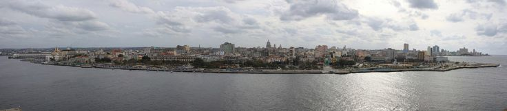 Havana city panorama, seen from La Cabaña The city of Havana, Cuba, as seen from the La Cabaña fortification. On the left are the city docks; Habana Vieja is in the centre of the frame, with Habana Centro towards the right and Vedado on the distant right-hand shore, marked with the Hotel Nacional.