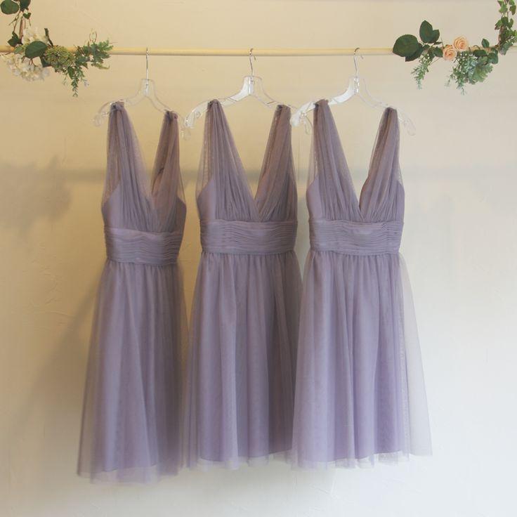 ブライズメイド・ボビネットVネックドレス。 ボビネットならではのエアリーなボリューム感と大人っぽいラベンダーカラーが魅力のドレス。深めのVネックラインが胸元をすっきりとみせてくれます。 #Bridesmaid #Wedding #Dress #Lavender