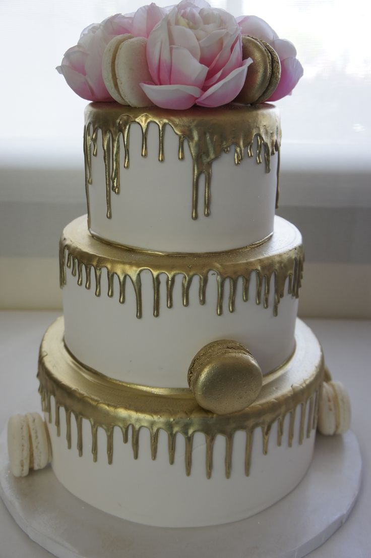 Gold Drizzle French Macaroons Wedding Cake