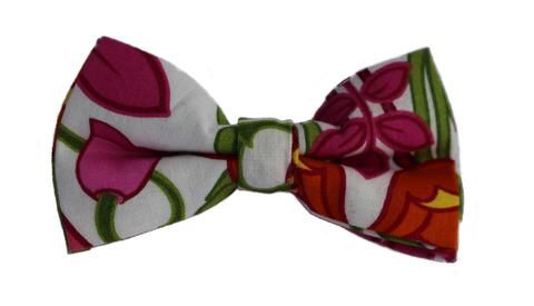 """Tiptoe Thru the Tulips"" Bow Tie"