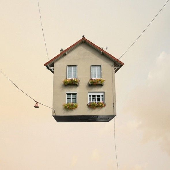 Flying Houses in defringe.com