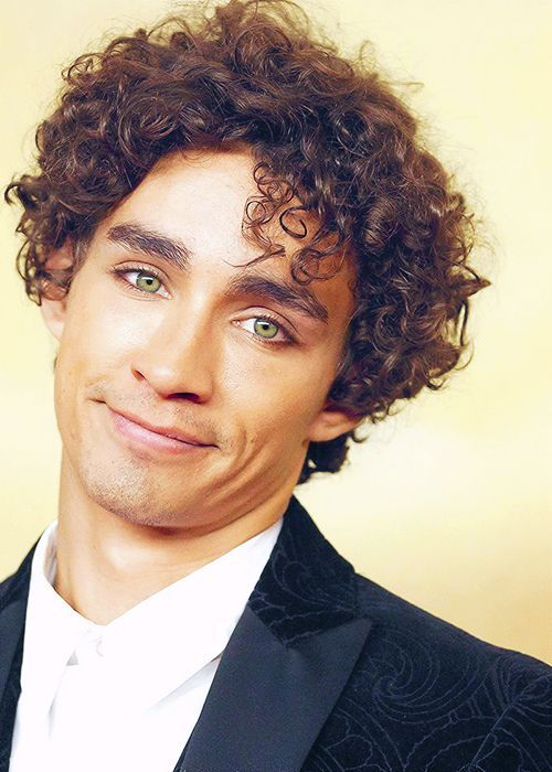 """robert sheehan"" - Google Search"