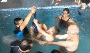 Terapia especifica en agua Terapia fisica