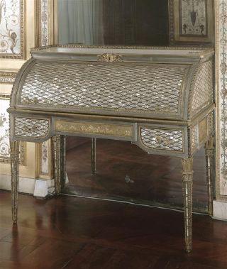 jean henri riesener secr taire cylindre boudoir de la reine marie antoinette fontainebleau. Black Bedroom Furniture Sets. Home Design Ideas