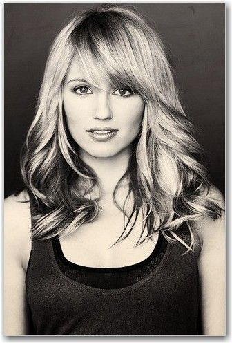 Debating bangs... But I know Im never gonna have the time to style my hair like that daily... #fashion