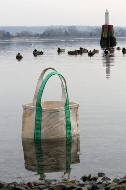 cleaning canvas bags -- The Daily Prep: The L.L. Bean Boat and Tote Bag