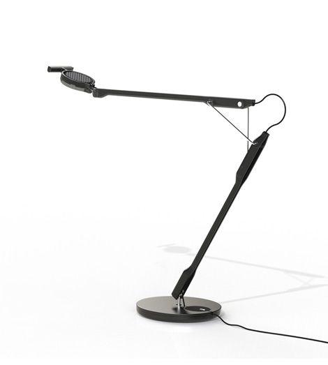 Lampe: Tivedo Bordlampe Designer: Bergne, sebastian Leverandør: Luceplan År: 2014