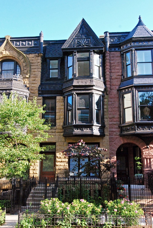 Townhomes on E. Division St. in Chicago