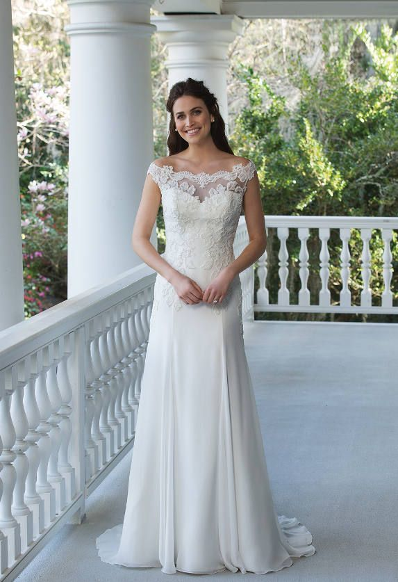 301 best Hochzeiten & Brautkleider images by Ines Pavic on Pinterest ...