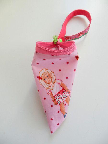 Kinderwagentaschen - Schnullertasche - ein Designerstück von filzundstoff bei DaWanda