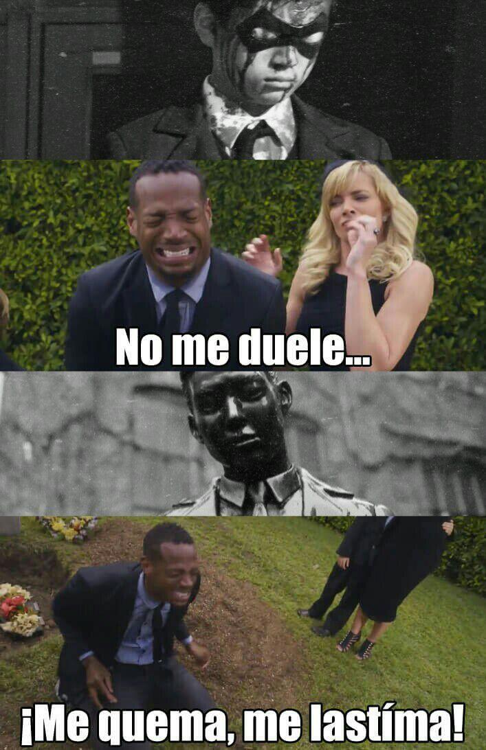 The Umbrella Academy Memes 08 Muerte De Ben Memes De Peliculas Memes Memes Divertidos