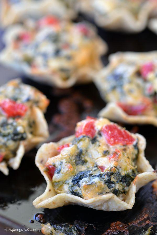 Bite-size, mess-free, super-delicious party appetizer: Spinach Artichoke Bites