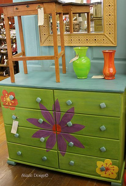 What little girl wouldn't love this? CeCe Caldwell's Paints are not only vibrant and easy to use, our all natural chalk and clay based mineral paints make them the best choice for children's painted furniture. Get more inspiring ideas or order your paint today at: http://alittlebitoshizzle.blogspot.com/p/for-sale.html