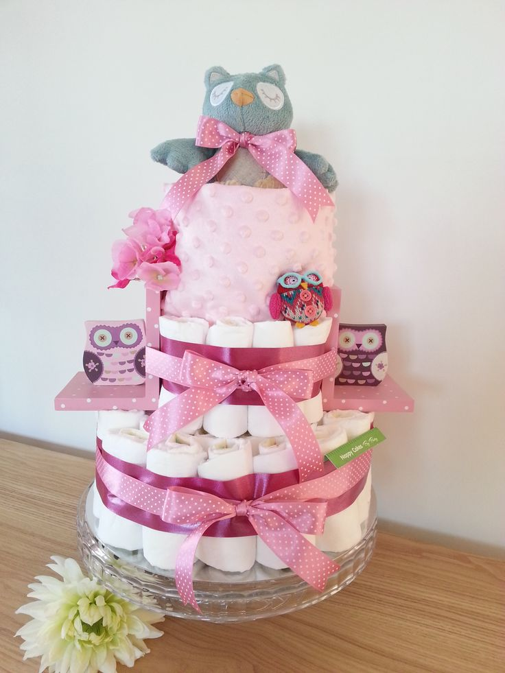Super Cute Sleepy Owl Nappy Cake.  Packed Full of Baby Products.  Beautiful Gift & Centrepiece www.nappycakesbybetty.com