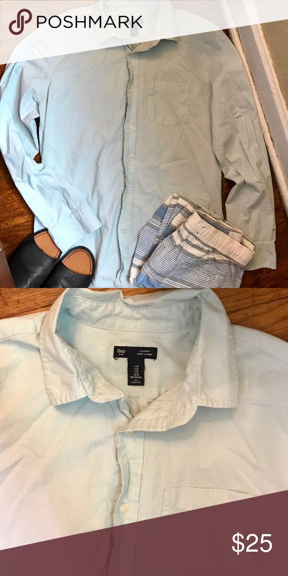GAP classic fit mint green top! GAP classic fit mint green button down top! Measures 24 inches in  length front and 25 in back, bust measures 18 inches. 100% cotton! GAP Tops Button Down Shirts