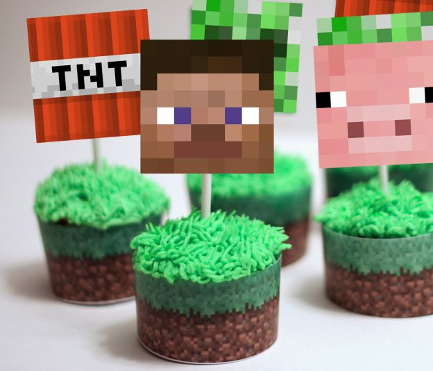 http://www.magicalprintable.com/downloads/minecraft-cupcake-toppers-wrappers/ …