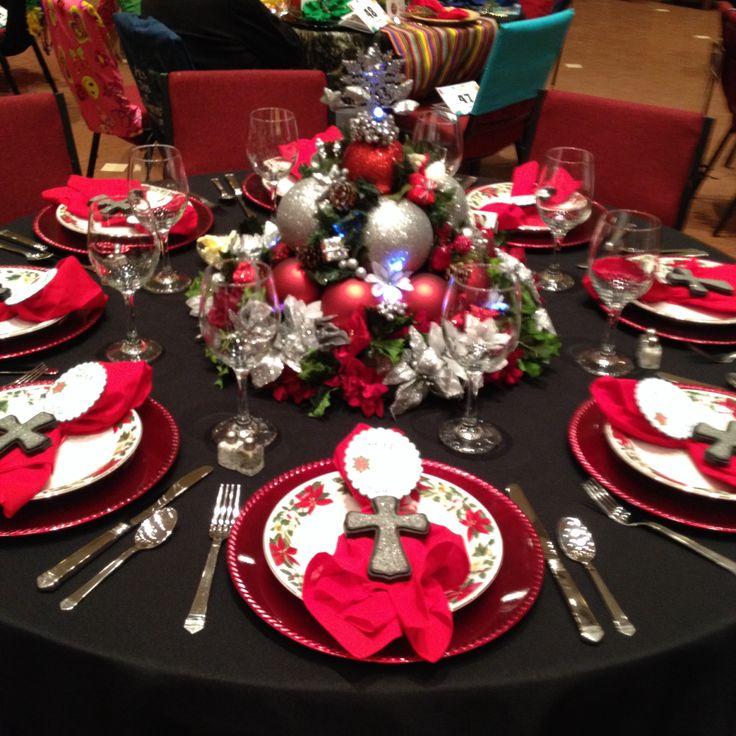 Festival Of Tables - Poinsettia Christmas