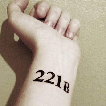 Never forget where to find Sherlock Holmes and his trusty sidekick, Watson. 221B Baker Street, that is.