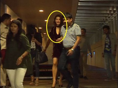 SPOTTED ! Jacqueline Fernandez at Hakkasan Restaurant in Bandra, Mumbai.  Click here to see the full video > https://youtu.be/j6hGcq0sW9s  #jacquelinefernandez #bollywood #bollywoodnews #bollywoodnewsvilla