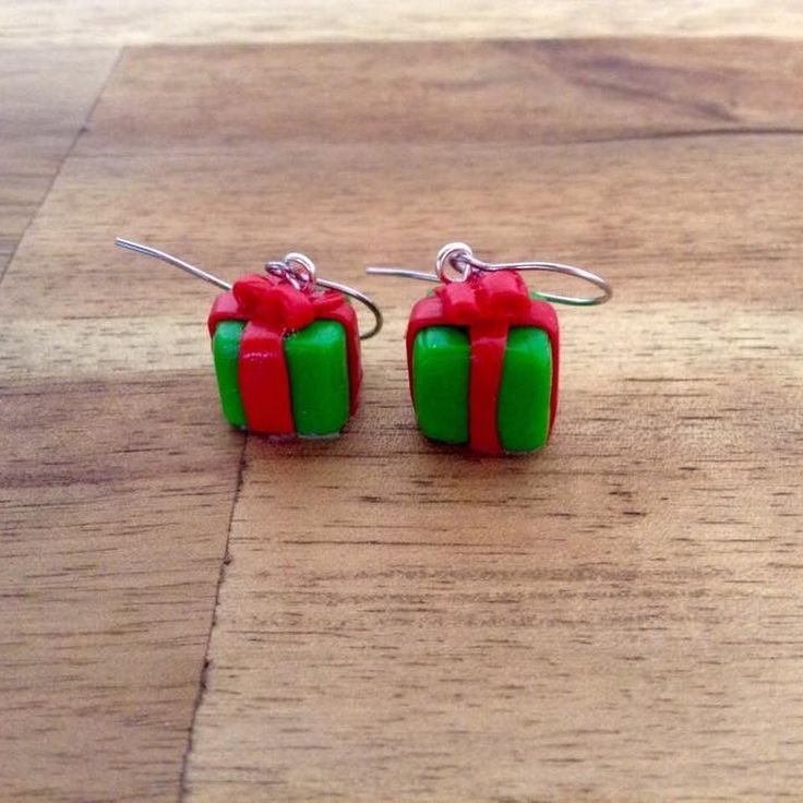 Christmas present polymer clay handmade stud earrings with hypoallergenic surgical stainless steel. #29jewel #handmadejewellery #handmadeearrings #fashion #etsy #Christmasearrings