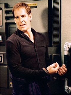Star Trek: Enterprise. Promo shots. Acquisition.