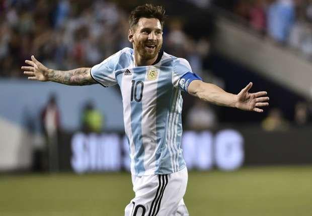 Copa Ameriica Match Report: Argentina 5  0 Panama: Substitute Messi Bags Hat-trick