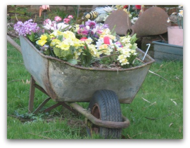 Flower Garden Ideas With Old Wheelbarrow 109 best garden wagons and wheelbarrows images on pinterest