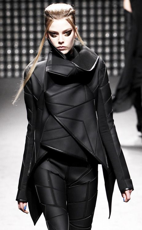 Futuristic Geometric Fashion with layered construction & sculptural collar; avant garde fashion design // Gareth Pugh