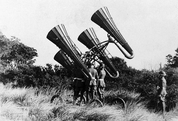 5 Novità Tecnologiche della Prima Guerra Mondiale http://www.italiametaldetector.it/5-novita-tecnologiche-della-prima-guerra-mondiale/ La guerra di trincea ebbe un grande sviluppo sugli armamenti.