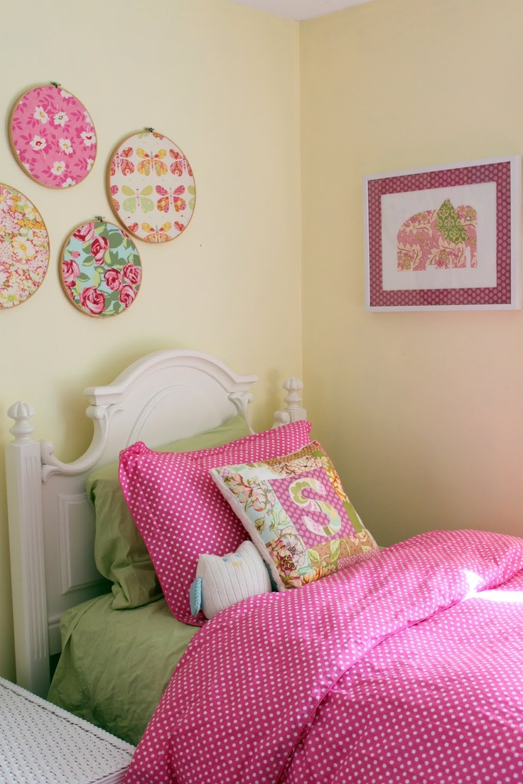 big girl girls room girls bedroom embroidery hoops bedroom ideas