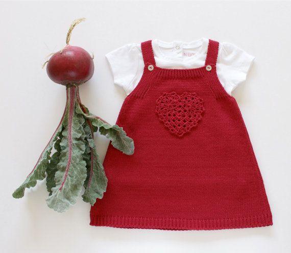 Falda del bebé tejidos con ganchillo corazón. Cerise. 100% algodón. Tamaño listo para nave 3 meses