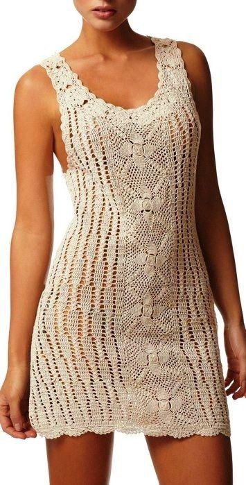 Materiales gráficos Gaby: Remera punto red y vestido de motivos