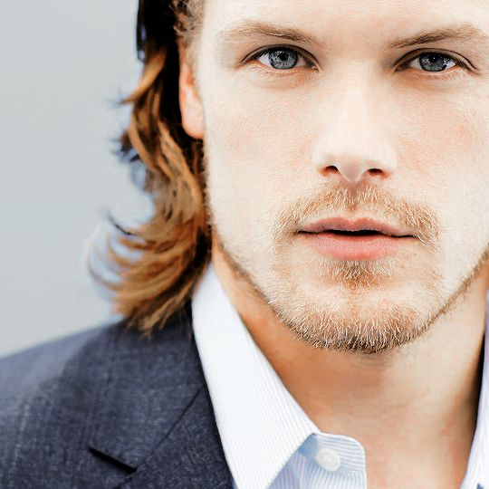 There's something about the silence of people listening to someone or watching someone - I just… I love that. Sam Heughan (x)