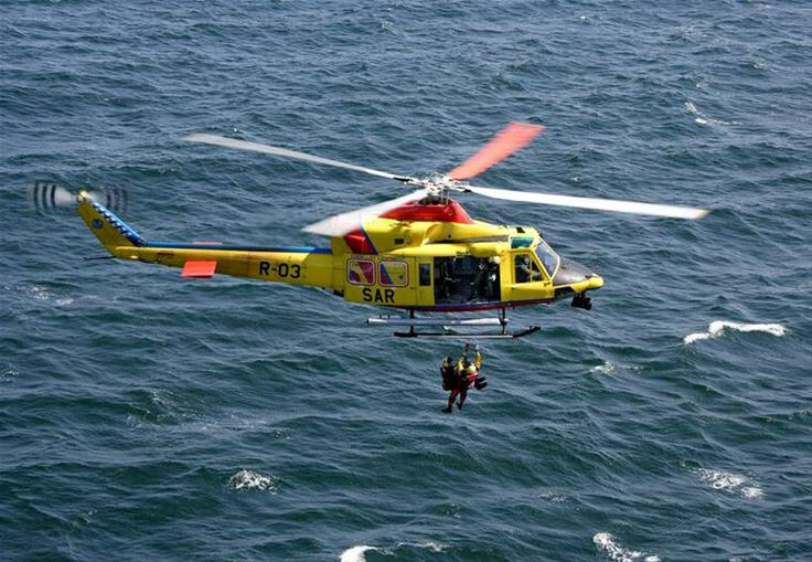 SAR Koninklijke Luchtmacht NL. In april 2013 is de Defensie reddingshelikopter voor de 5000-ste keer uitgerukt sinds de oprichting van het 303 Squadron in 1959, waar de zogenoemde Search and Rescuetaken zijn ondergebracht.  De drie AB-412 helikopters, die voor patiënten uitrukken, zijn gestationeerd op vliegbasis Leeuwarden.  De SAR voerde in 2013 een recordaantal van 253 reddings- en patiëntenvluchten uit.