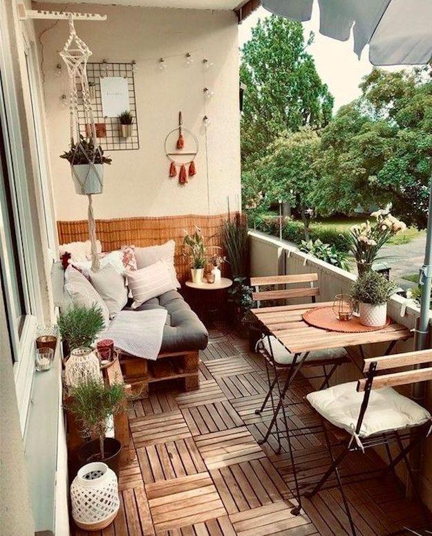 Stylebook Closet App In 2020 Small Balcony Design Apartment Balcony Decorating Balcony Design